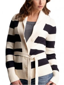 sweater-gap